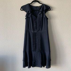BANANA REPUBLIC/ navy ruffled resume dress